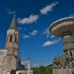 Place de l'église à Dourgne